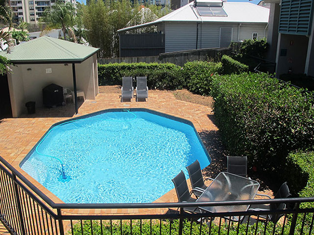 Spring Hill Mews Swimming Pool